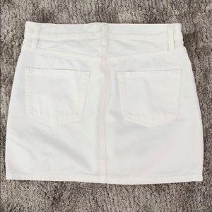 Frame Denim Skirts - NEVER WORN Frame white denim skirt 26